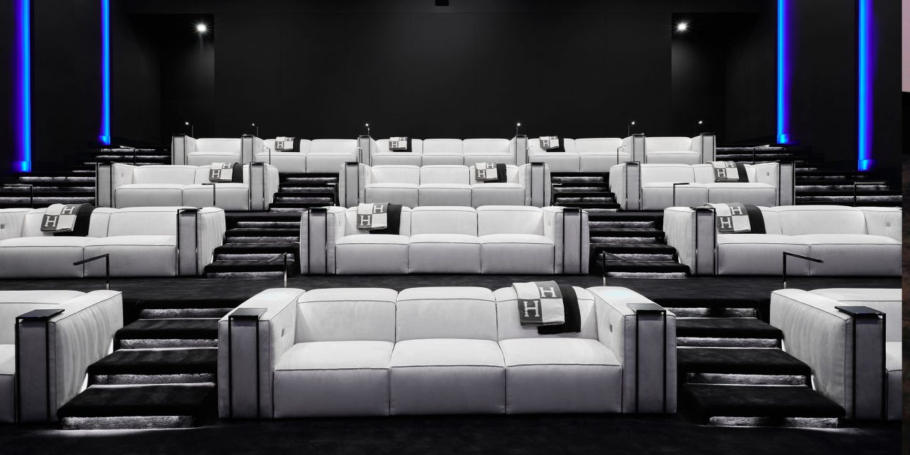 The one - Bel Air - Home theater with Cineak luxury seating